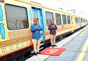 indian-luxury-train-tour
